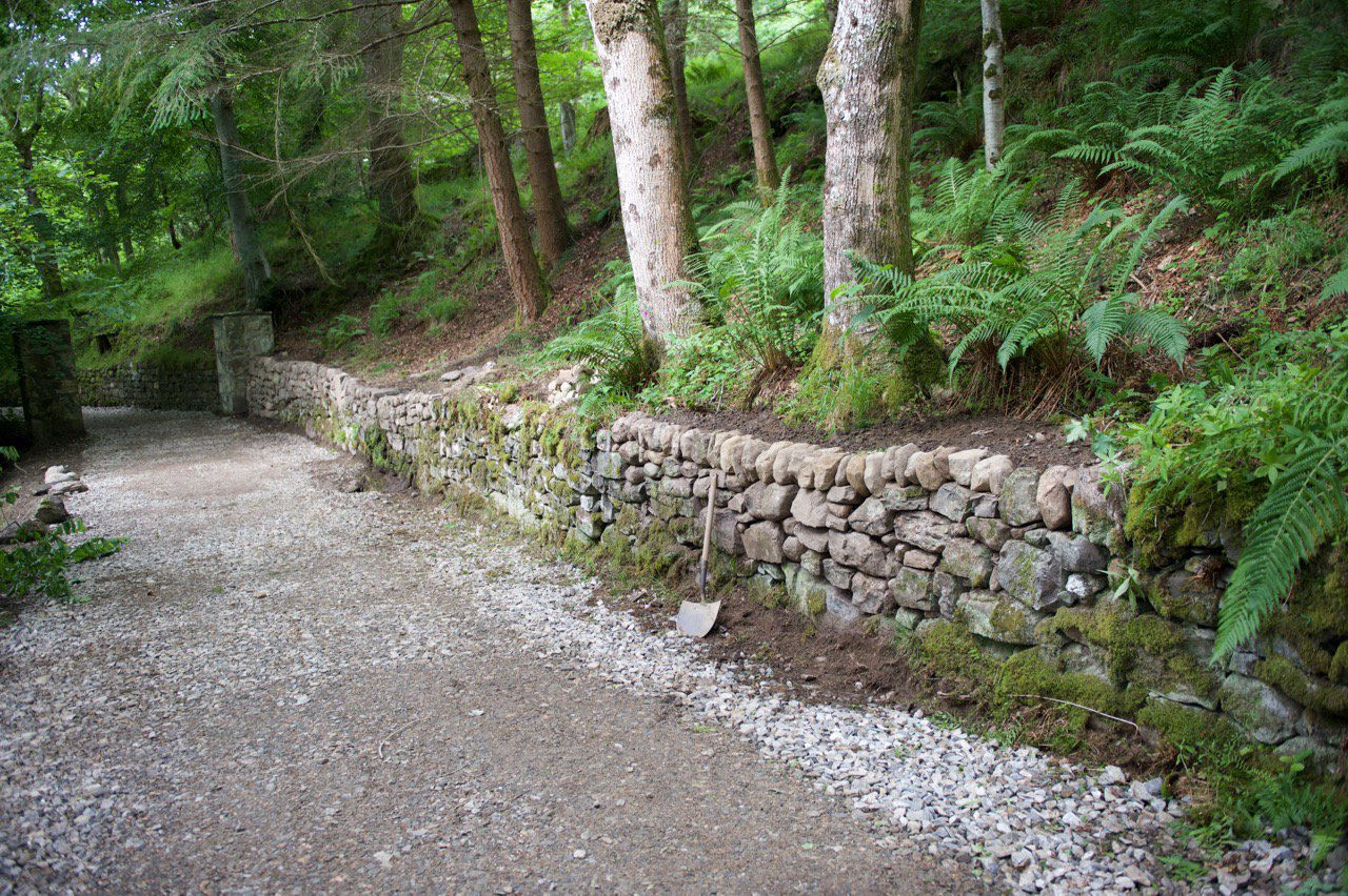 Building A Stone Retaining Wall Without Mortar! - The ...